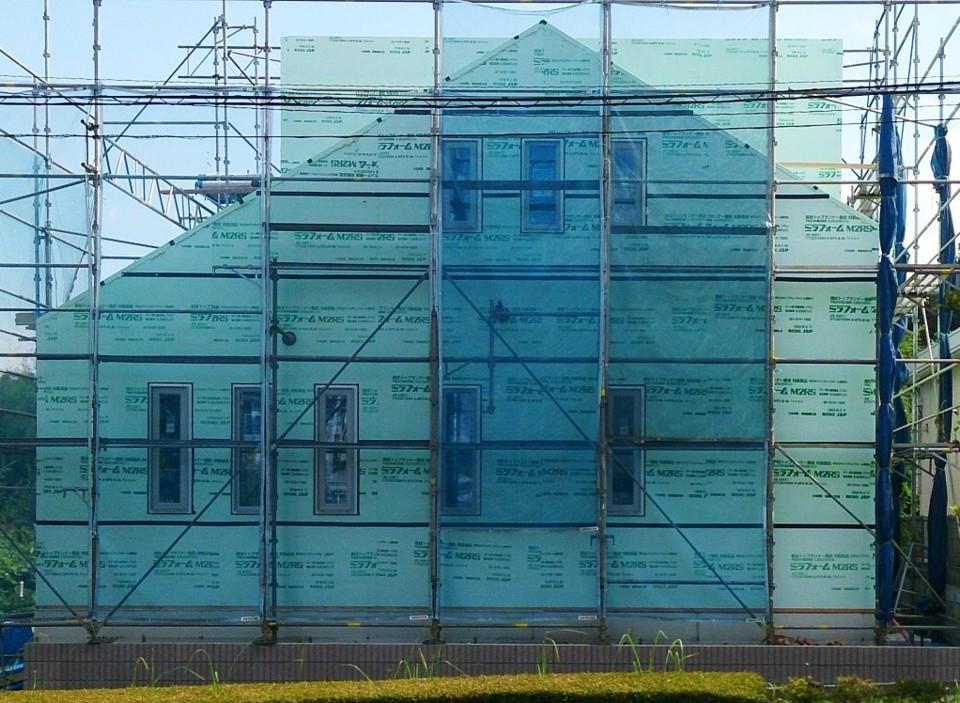 龍ヶ崎住み心地体感ハウス前に建つ涼温な家 吉建ホームの事例集